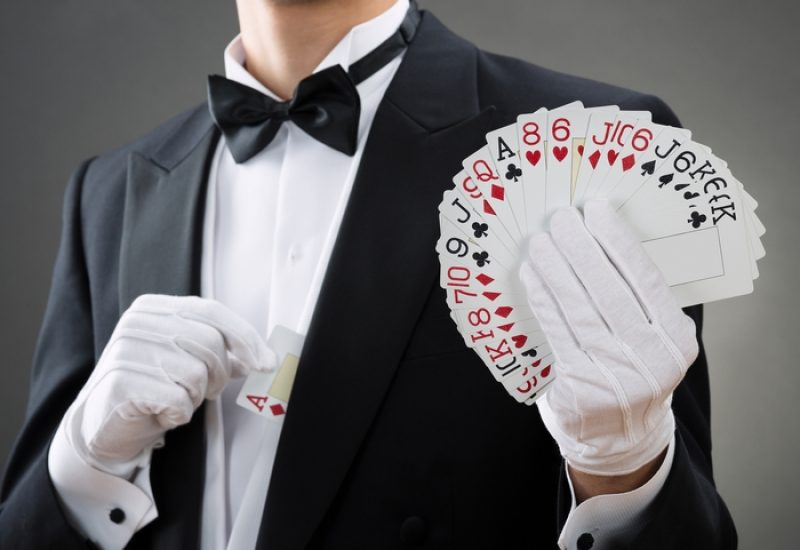 5 Perks of Throwing a Casino Themed Party