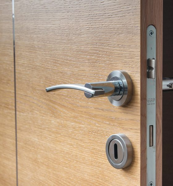 5 Ways to Unlock A Door When You've Misplaced Your Keys