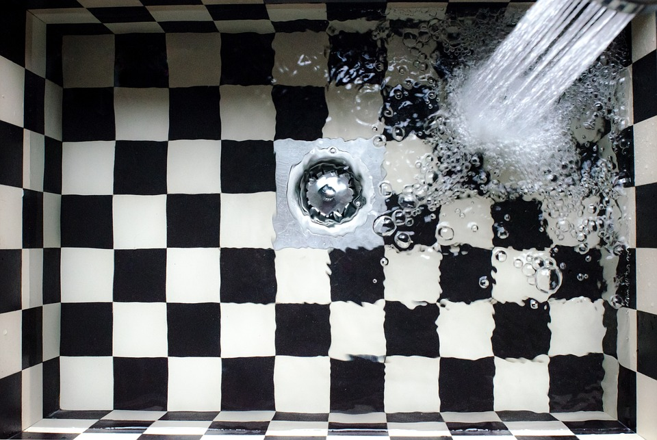 What are the Symptoms of a Clogged Drain?